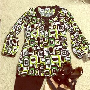 Dress Barn Geometric print Tunic top